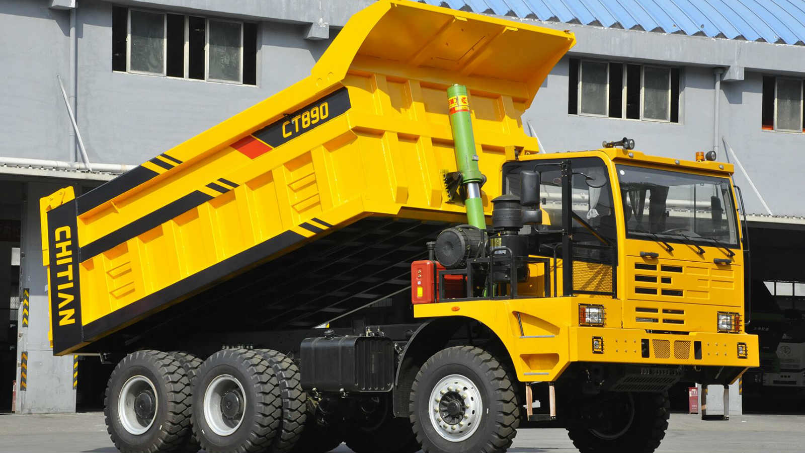 CT890 6X4 Euro 2 Mining Dump Truck With WP12G430E31 Engine And Manual Transmission